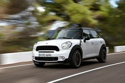 Фотография MINI MINI COUNTRYMAN (R60)